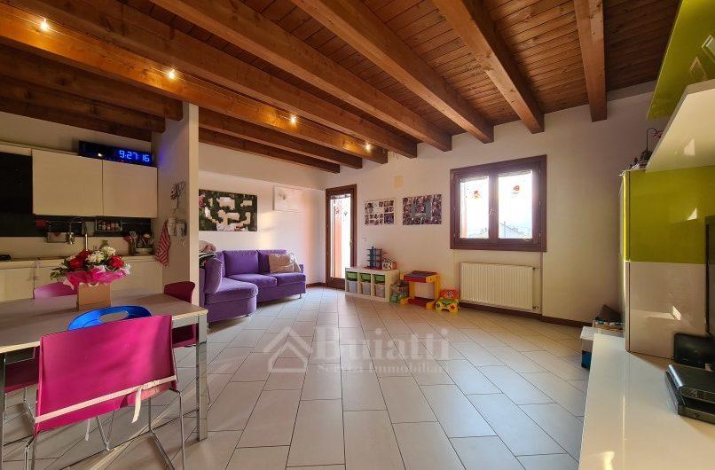 Udine, interni via Lumignacco